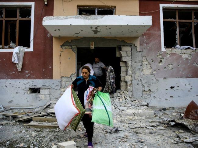 停火协议生效后 纳卡首府据报被炮轰