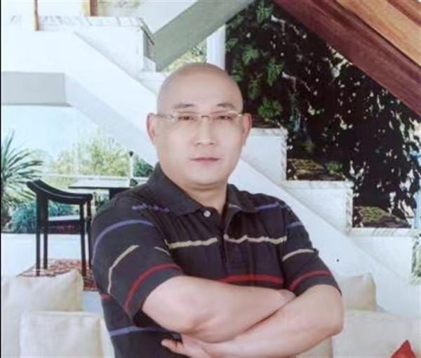 传统山水画家刘连君作品欣赏