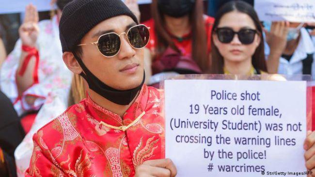 缅甸名模被捕 军政府通缉异议名人